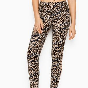 Victoria's Secret Pants - VICTORIA'S SECRET SPORT LEOPARD TIGHTS LEGGINGS XS